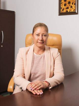 Д-р Елена Веселинова