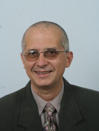 Д-р Веселин Люцканов