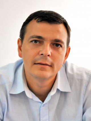 Д-р Тони Стателов