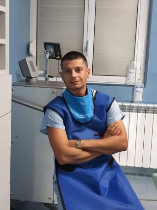Д-р Светлин Златев