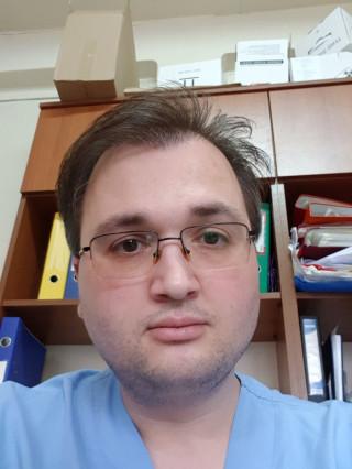 Д-р Боян Семов