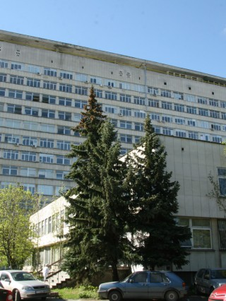 Д-р Максим Клисурски