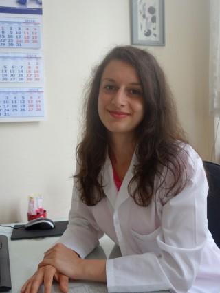 Д-р Александра Стойчева