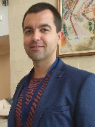 Д-р Евгений Ставрев