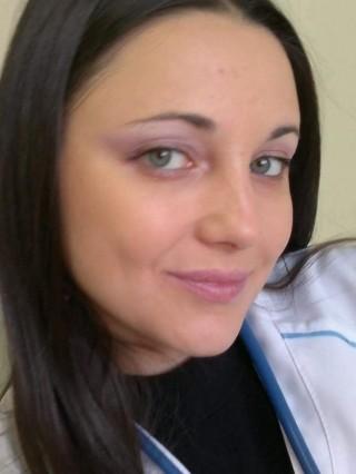 Д-р Мая Христозова