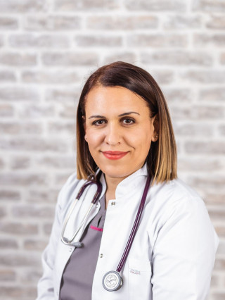 Д-р Хюлия Ахмедова