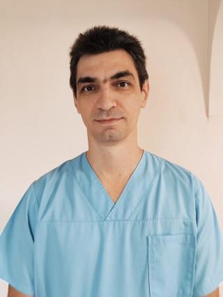 Д-р Руслан Кулински