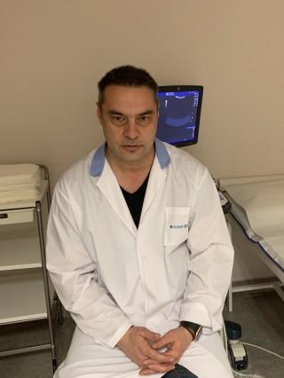 Д-р Росен Кръстев