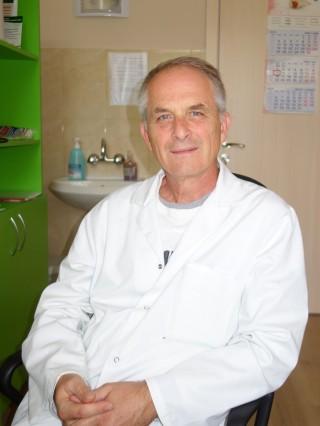 Д-р Бранимир Петров