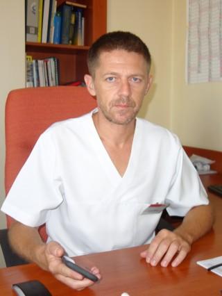 Д-р Велян Михайлов