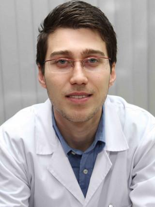 Д-р Димитър Попов