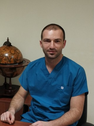 Д-р Максим Загоров