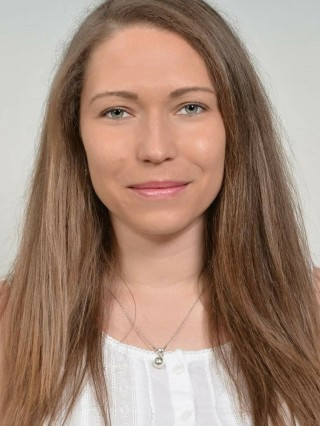 Д-р Мери Мустанска