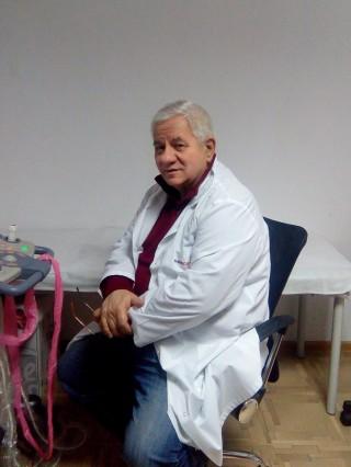 Д-р Румен Пенков, дм