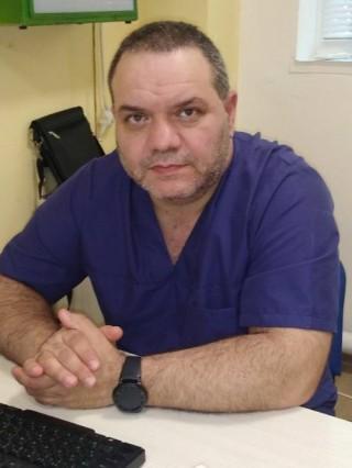 Д-р Алберт Чифлигаров, ДМ
