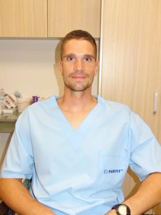 Д-р Петър Лозев