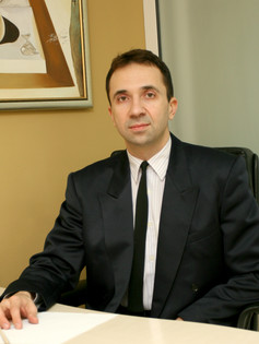 Д-р Людмил Пеев