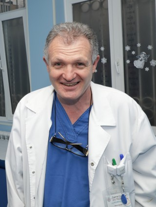 Д-р Евгений Василев