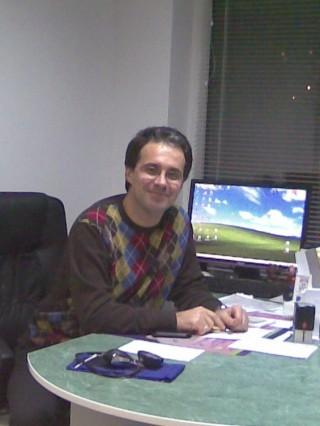 Д-р Испар Вейсалов