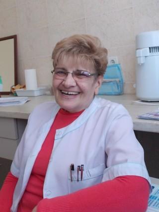 Д-р Анелия Апостолова