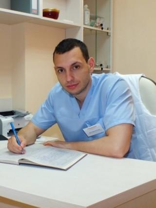 Д-р Сава Петров, дм