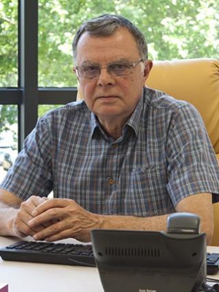 Д-р Драгомир Драганов