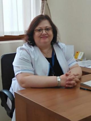 Д-р Ирина Събинова