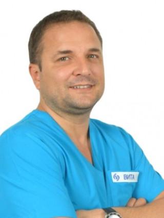 Д-р Емил Атанасов