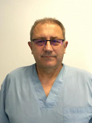 Д-р Иво Чолаков