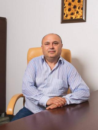 Д-р Бранимир Градинаров