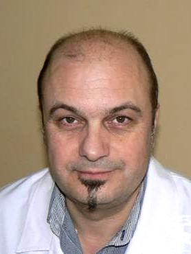 Д-р Пламен Костов