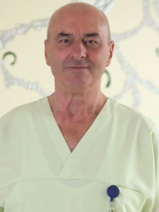 Д-р Калоян Персенски
