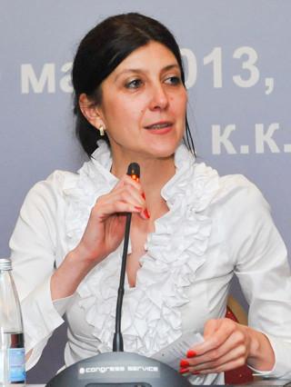 Доц. Десислава Богданова, дм