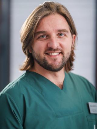 Д-р Али Ахмед