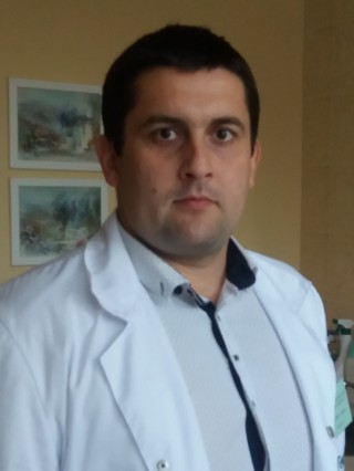 Д-р Деян Тодоров