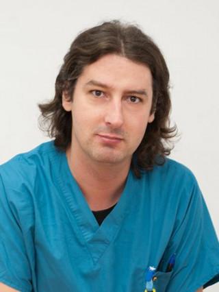 Д-р Радослав Петков