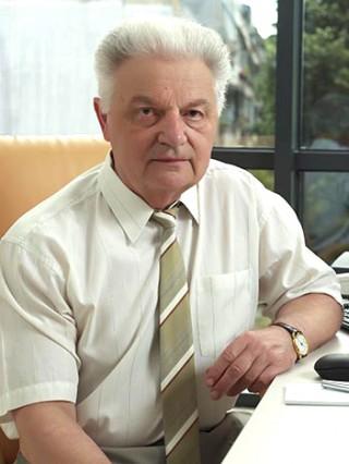 Д-р Боян Вутов