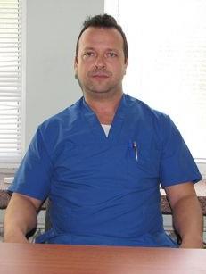 Д-р Илиян Траянов, дм