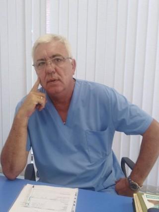 Д-р Светозар Шуманов