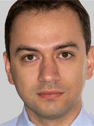 Д-р Петър Петров