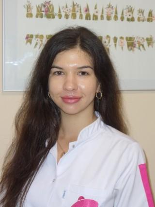 Д-р Мариела Янева
