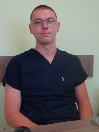 Д-р Цветомил Младенов