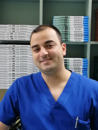 Д-р Николай Стоянов