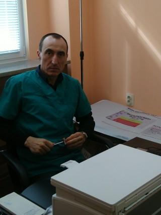 Д-р Румен Петков