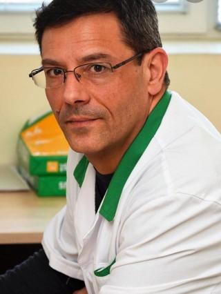 Д-р Петър Костадинов