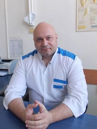 Д-р Стоян Сотиров