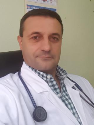 Д-р Виктор Рибаров