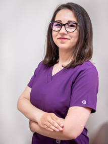 Д-р Елена Маринова, дм