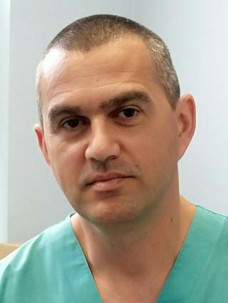 Д-р Владимир Костов