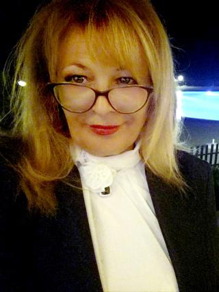 Д-р Антоанета Апостолова